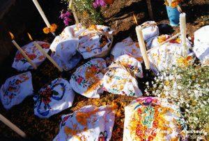 Offerings, cemetery of Janitzio